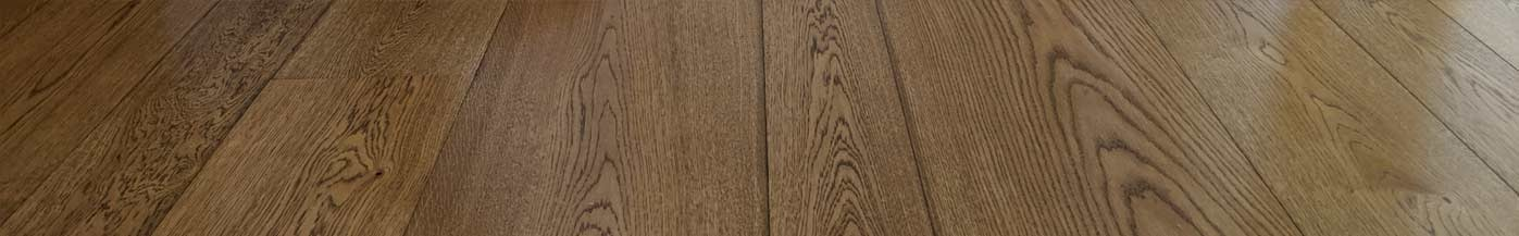 Wooden Boards installation  - Fitting engineered flooring