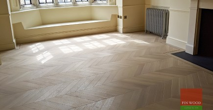Timeless oak chevron adds classic style to luxury Mayfair mansion apartment, W1K