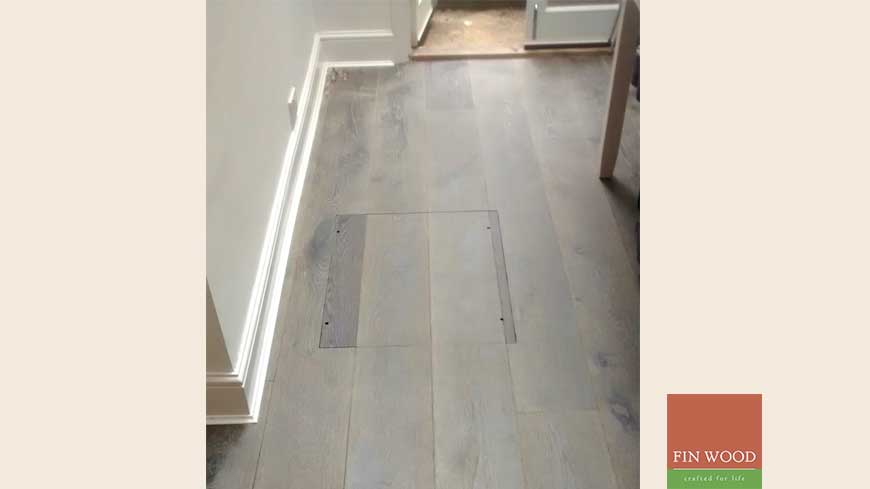 Access panel in wooden floors craftmanship 13